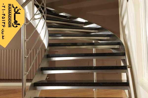 پله استیل دست ساز نیم گرد
