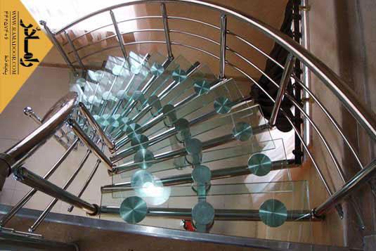 پله نیم گرد شیشه و استیل